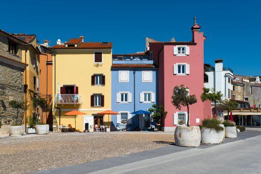 Piran colourful houses