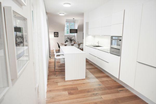 Apartment Bled View light kitchen