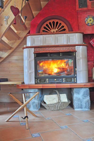 Fireplace (Cernic One)