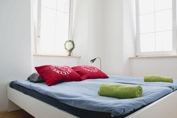 Double bedroom (apartment 1)