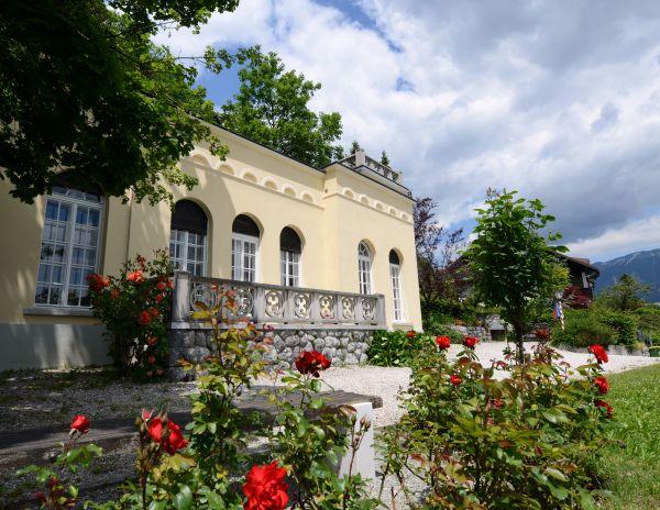 Villa rose garden